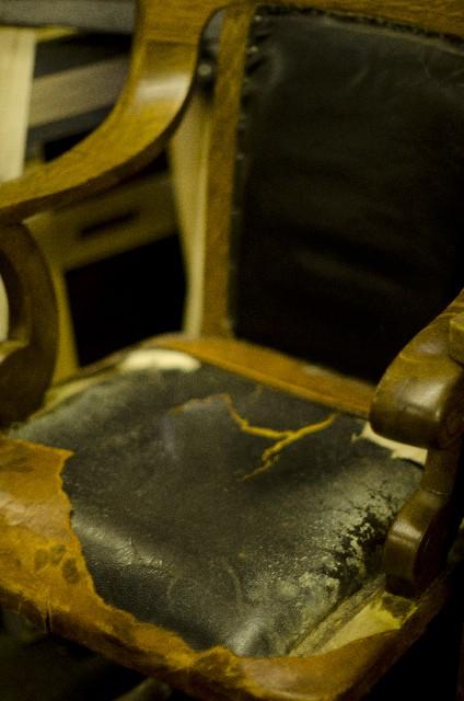 思い入れのある椅子をもう一度蘇らせてあげましょう。